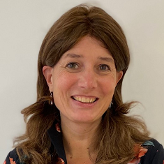 Drs. Susanne Steur